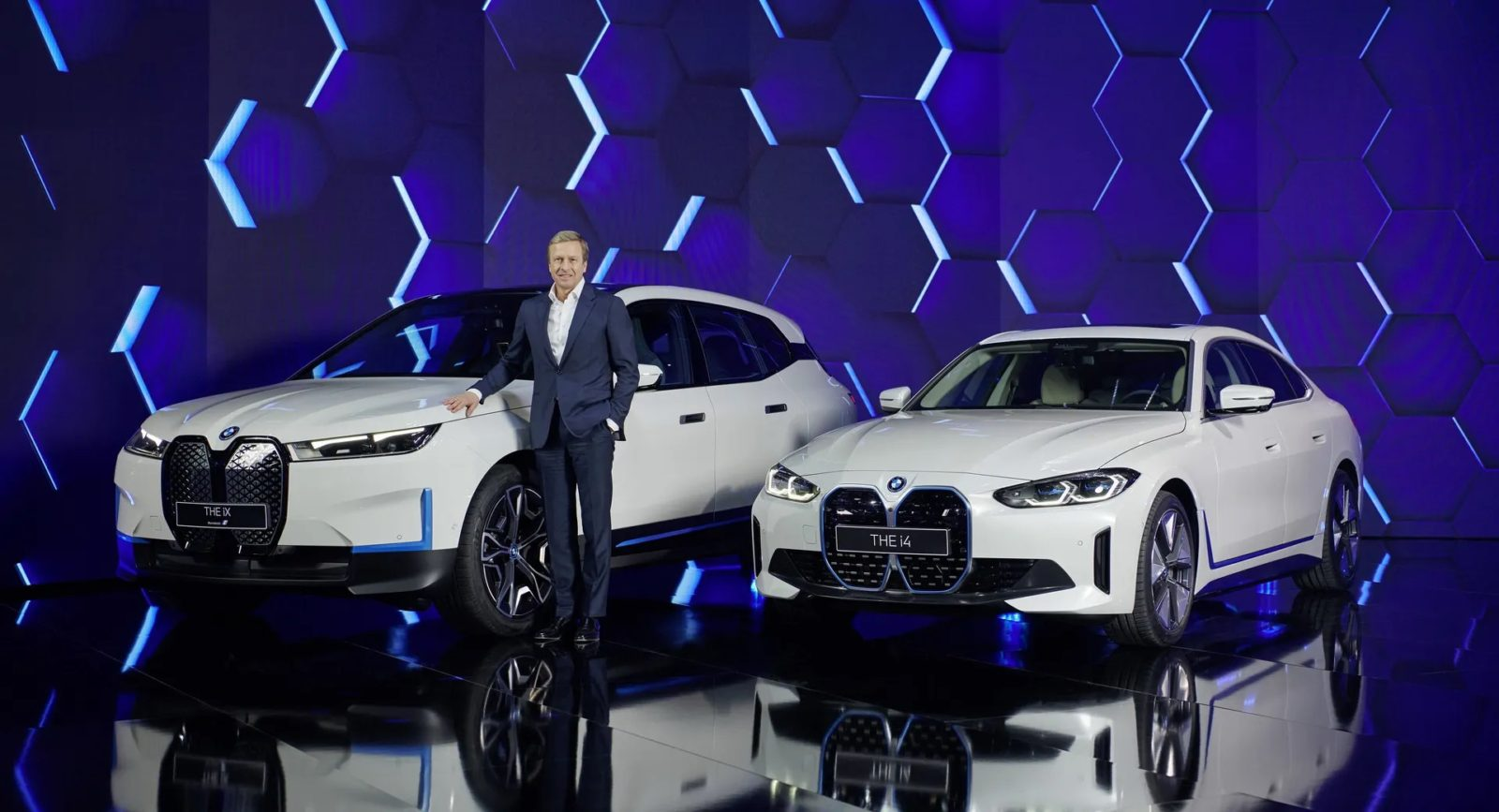 bmw-ix-and-i4-gran-coupe-to-celebrate-their-debuts-on-june-1-in-los-angeles