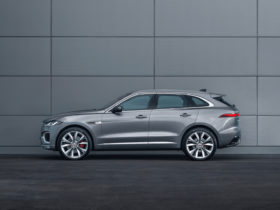 2021-jaguar-f-pace-tested,-biden-wants-a-new-beast,-lightning-or-r1t:-what's-new-@-the-car-connection