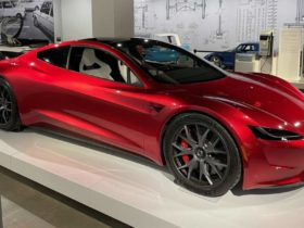 tesla-roadster-with-spacex-package-claims-0-60-mph-time-of-1.1-seconds