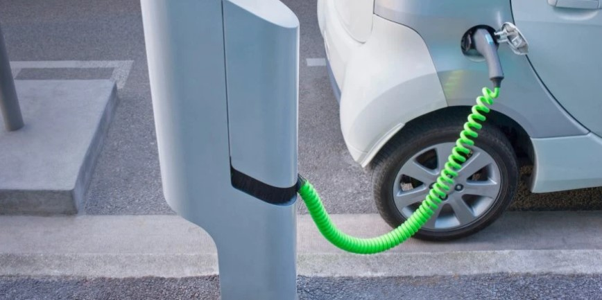 owning-an-electric-car-is-more-expensive-than-owning-a-car-with-a-classic-internal-combustion-engine