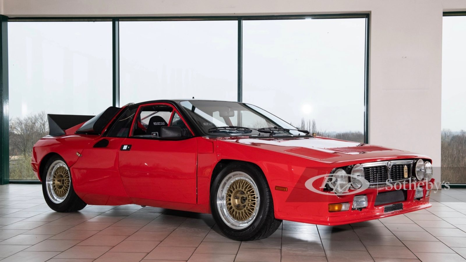 live-your-group-b-dreams-with-this-1980-lancia-rally-se-037-prototype
