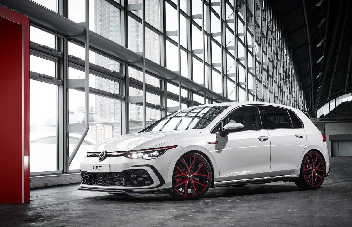 oettinger-refreshes-volkswagen-golf-gti-hot-hatch-design-without-looking-under-the-hood