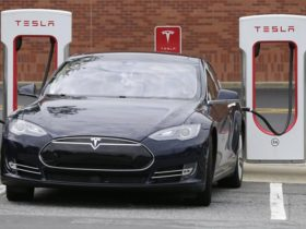 tesla-will-pay-electric-car-owners-$-16,000-due-to-slow-charging