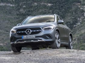 2nd-gen-mercedes-benz-gla-launched-at-rs-42.10-lakh