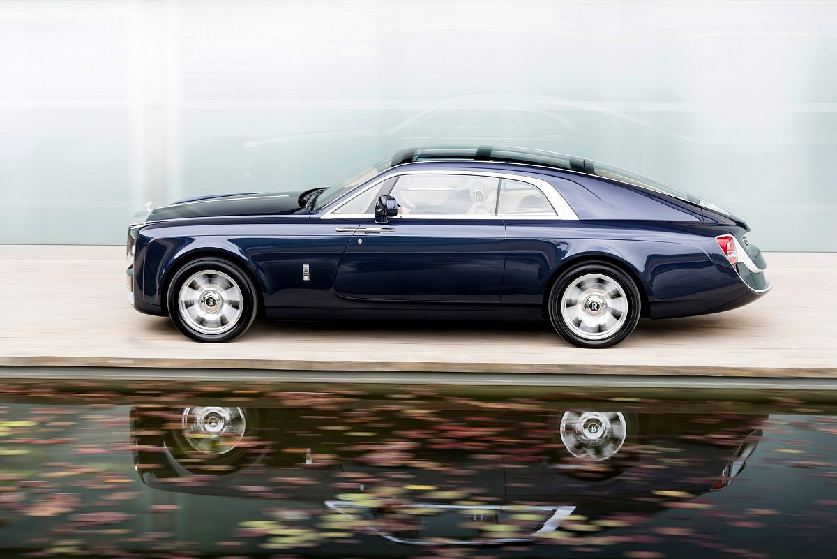 rolls-royce-announced-a-return-to-the-bus-industry