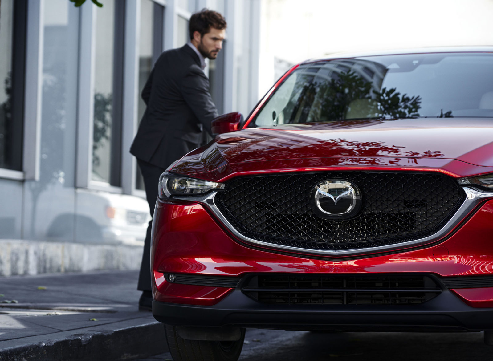 first-of-new-rear-drive,-premium-mazdas-tipped-to-be-cx-50-crossover
