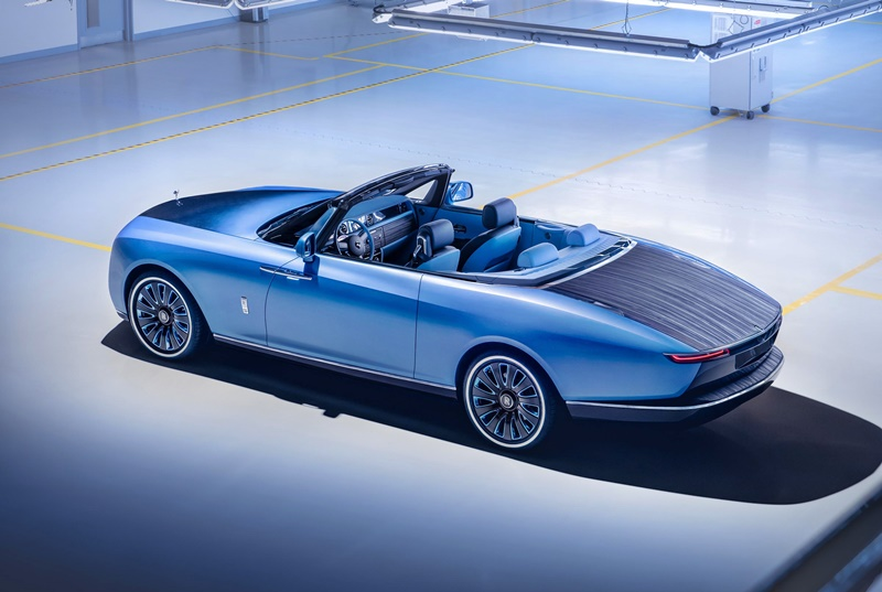 the-coachbuilt-2021-rolls-royce-boat-tail