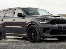 the-circulation-of-the-most-powerful-crossover-in-the-world-dodge-durango-srt-hellcat-increased-by-a-third