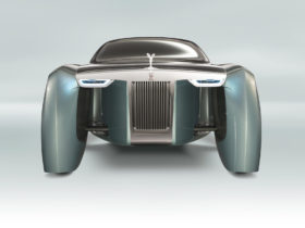 rolls-royce-working-on-silent-shadow,-likely-its-first-ev