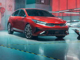 2021-kia-cerato-gt-price-and-specs:-facelifted-warm-hatch-here-this-month-from-$35,290