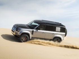 next-land-rover-defender-and-discovery-won't-share-platforms