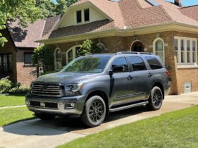 review-update:-2021-toyota-sequoia-falls-behind-as-it-soldiers-on