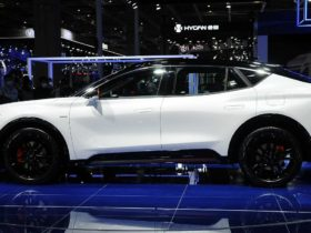 volkswagen-based-ford-electric-suv-may-get-ultra-wide-screen