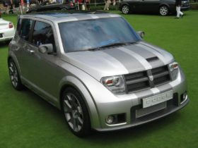 dodge-is-working-on-a-new-crossover-hornet