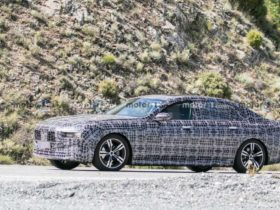 2023-bmw-7-series-prototype-spotted-on-tests