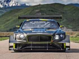 bentley-aiming-for-a-third-record-at-pikes-peak-international-hill-climb-this-month-with-continental-gt3