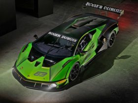 track-only-lamborghini-essenza-scv12-with-full-carbon-chassis-meets-fia-hypercar-safety-standards