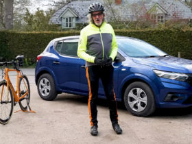 james-may-tests-out-the-latest-dacia-sandero…against-his-own-bicycle