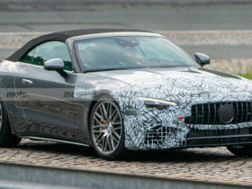 new-mercedes-amg-sl-gets-rid-of-camouflage