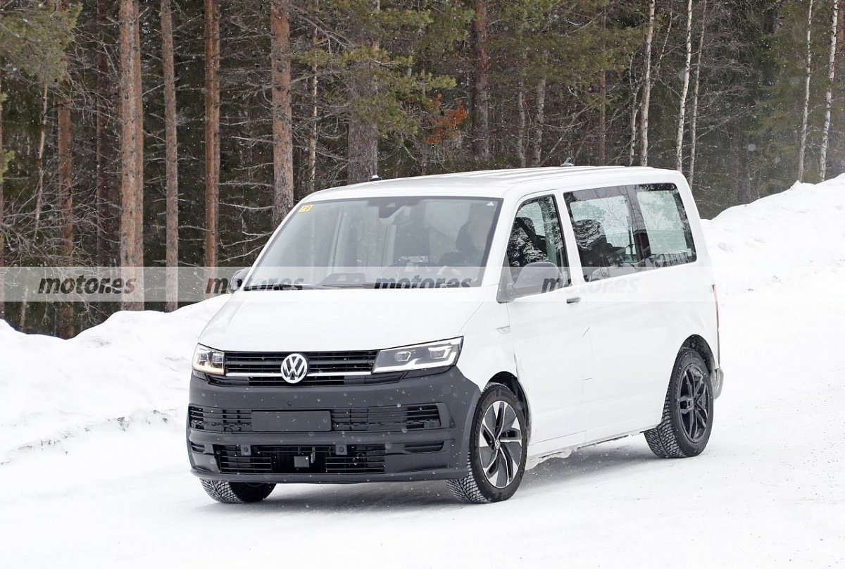 the-internet-has-shown-the-latest-spy-photos-of-the-volkswagen-id-prototype.-buzz-2022