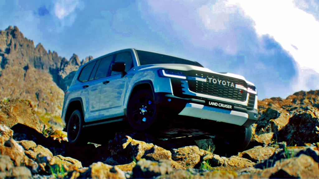 global-debut-of-all-new-toyota-land-cruiser-300-series