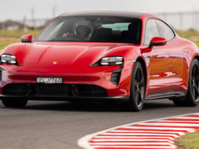 2021-porsche-taycan-turbo-s-sets-production-electric-vehicle-lap-record-at-the-bend