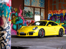 the-400-year-old-history-of-spotto,-the-yellow-car-game