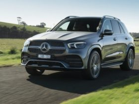 2020-mercedes-benz-gle-recalled-with-potential-dashboard-and-airbag-fault