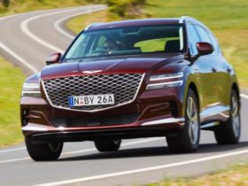 2021-genesis-gv80,-g80-2.5t-recalled-for-potential-fuel-pipe-fault