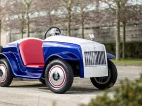 rolls-royce-recalls-one-of-a-kind-srh-electric-vehicle