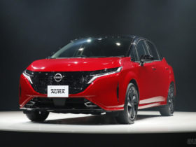 nissan-note-gets-a-premium-aura-variant-in-japan