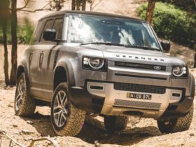 hydrogen-powered-land-rover-defender-prototype-to-begin-testing-in-2021,-production-version-still-on-track