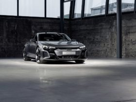 audi-e-tron-gt-buyers-receive-3-years-of-free-fast-charging