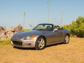 with-only-59-km,-the-honda-s2000-can-become-the-most-expensive-car-in-the-world