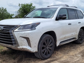 quick-spin:-the-2021-lexus-lx-is-a-loveable,-but-aging-luxury-off-roader