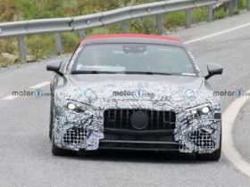 2022-mercedes-amg-sl-prototype-spotted-on-tests