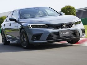 2022-honda-civic-hatch-revealed:-australian-launch-due-late-2021,-hybrid-coming-in-2022
