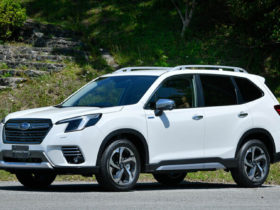 introduced-a-restyled-crossover-subaru-forester