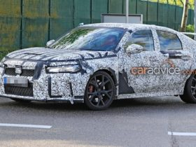 2022-honda-civic-type-r-spied-testing,-launch-confirmed-for-2022