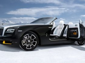 rolls-royce-unveils-new-limited-edition-collection-in-honor-of-forgotten-record-holder