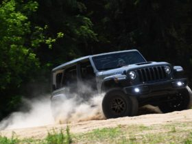 2021-jeep-wrangler-rubicon-xtreme-recon-package-takes-aim-at-the-ford-bronco