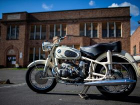 thoroughly-reconditioned-1966-bmw-r50/2-hits-the-online-auction-stage