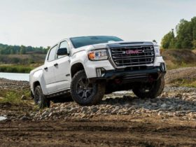 gmc-has-compared-its-suvs-to-their-more-luxurious-counterparts