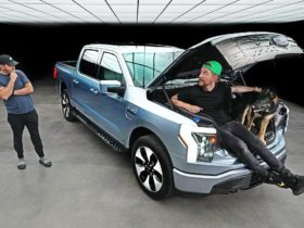 ford-f-150-lightning-electric-truck-is-a-game-changer-according-to-tech-reviewer