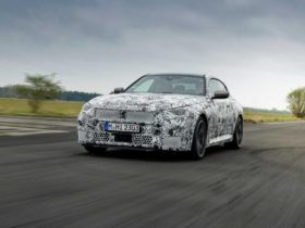 the-debut-date-of-the-new-bmw-2-series-has-become-known