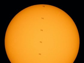 someone-took-photos-of-the-iss-transiting-the-sun,-astronauts-were-outside