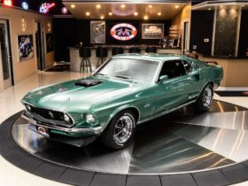 1969-ford-mustang-gt-r-code-rocks-silver-jade-paint-and-cobra-jet,-costs-a-lot