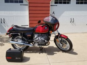 bid-online-at-no-reserve-for-this-gracefully-reconditioned-1978-bmw-r100s
