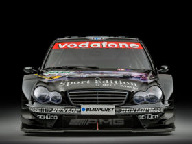ex-mika-hakkinen-mercedes-amg-dtm-is-looking-for-a-new-owner,-can't-be-cheap