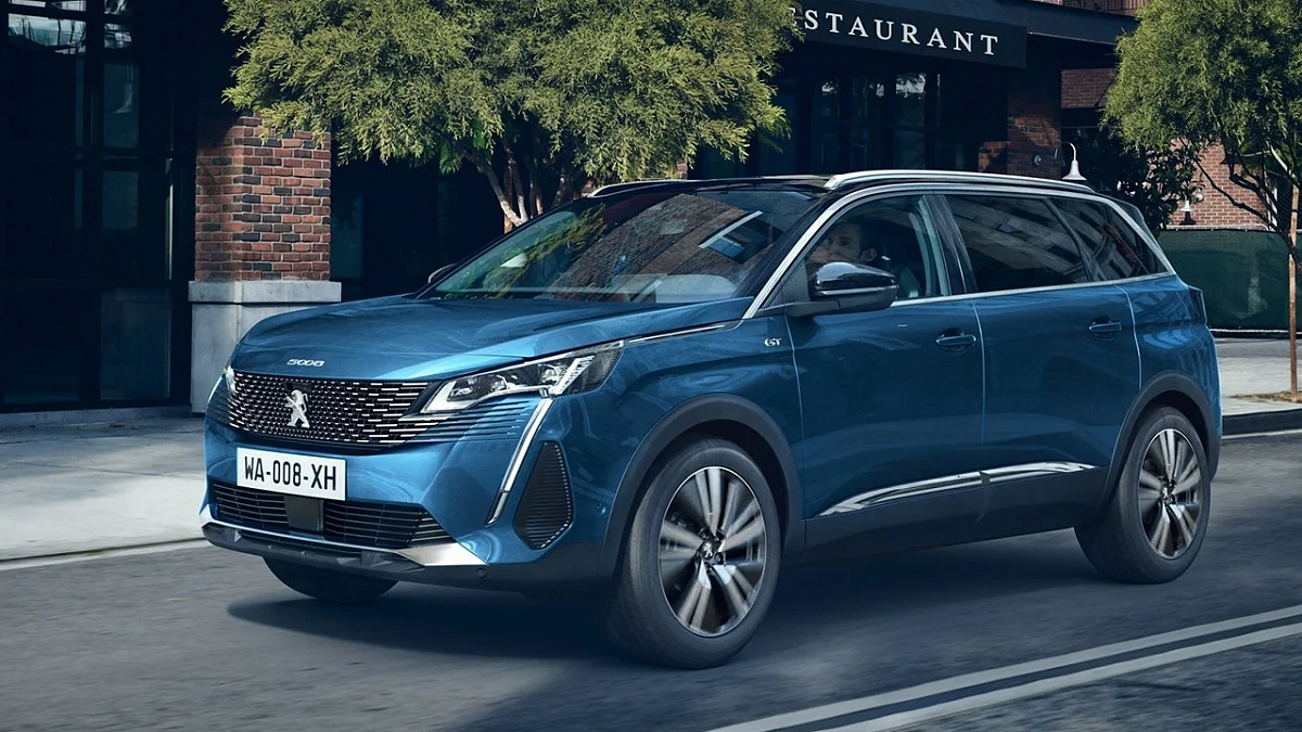 the-new-peugeot-5008-debuts-a-rational-version-of-style